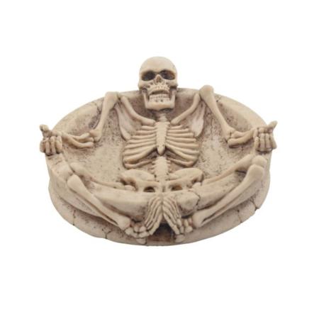 Aschenbecher mit Skelett