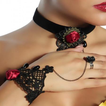 Gothic Handschmuck rote Rose